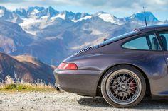 Porsche 993 Carrera S Vesuvio - Love at first sight - elferspot.com Bbs Wheels, Cities In Germany, Porsche 993, Mirror Painting, Most Beautiful Cities, Paint Schemes, Love At First Sight, Long Distance, Carrera