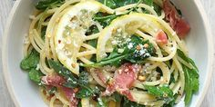 Get pumped for the weekend with this bright and peppery pasta. Spaghetti with lemon, arugula, and prosciutto.
