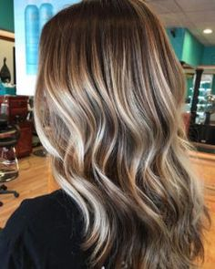 Fall Bronde Balayage Hair Color Idea