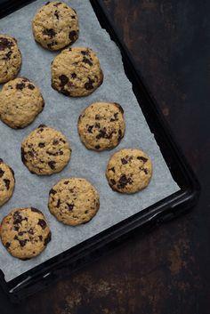 Opskrift: Cookies med peanutbutter, lime og chokolade