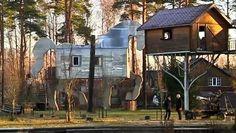 Сюрприз! На окраине Риги украинец создал остров - пять гектаров Латвии в миниатюре Без табу СМОТРЕТЬ Plants, Miniatures, Plant, Planets