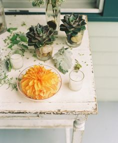 #dahlia  Photography: D\'Arcy Benincosa Photography - www.slcutahweddingphotography.com  Read More: http://www.stylemepretty.com/2014/03/04/coral-wedding-at-mountain-magnolia-inn/