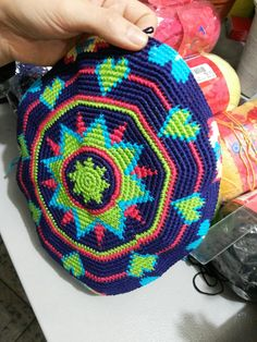 Wayuu Çanta Şemaları 17 We genuinely believe that tattooing can be a method that's been used since the time of … Tapestry Crochet Patterns, Mosaic Patterns, Crochet Stitches, Crochet Round, Bead Crochet, Free Crochet, Irish Crochet, Macrame Wall Hanging Diy, Crochet Flower Tutorial