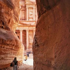 The moment The Treasury at Petra came into view JUSThellip
