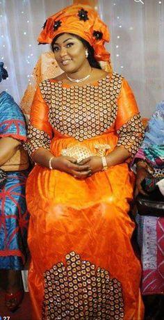 African Print Fashion, Fashion Prints, African Dress, Fashion Women, Christ, Wax, Fashion Dresses, Saree, My Style