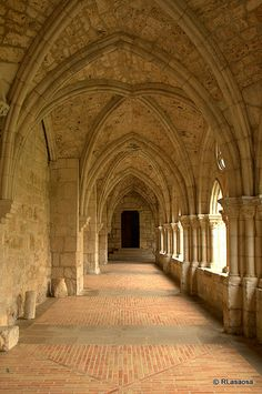 Stop using your local bank when you send money to Spain. Learn how an FX company can save you money everytime you want to transfer money to Spain. Beautiful Architecture, Beautiful Buildings, Architecture Details, Beautiful Places, Pamplona, Abandoned Churches, Fantasy Castle, Mont Saint Michel, Basque Country
