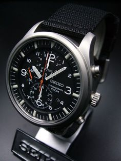 Seiko Chronograph Seiko Chronograph Best Picture For watch beautiful For Your Taste You are looking for something, and it is going to tell you exactly what you are … Dream Watches, Sport Watches, Luxury Watches, Cool Watches, Watches For Men, Seiko Chrono, Seiko Watches, Seiko Military Watch, Herren Chronograph
