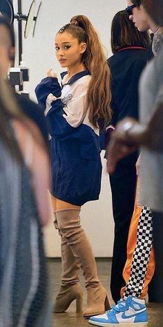 Ariana and Pete Ariana Grande Legs, Ariana Grande Outfits, Ariana Grande Photos, Ed Sheeran, Gossip Girl, Ariana Grande Sweetener, Dangerous Woman, Charlotte, Up Girl