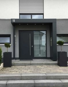 Entrance canopy / canopy with house number lighting and mailbox - - vordach Entrance canopy / canopy with house number lighting and mailbox Modern Entrance Door, Modern Front Door, House Front Door, Front Door Design, House Doors, House With Porch, House Entrance, Facade House, Entrance Design