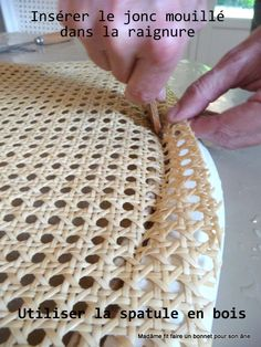 Tutoriel : refaire le cannage d'une chaise - Madâme fit faire un bonnet pour son âne.over-blog.com