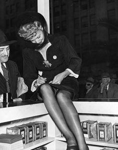 LA in the 40s Carol Landis