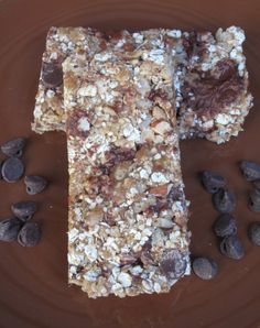 Chewy Crunchy Granola Bars-  no bake recipe with oats, chocolate chips, and peanut butter!