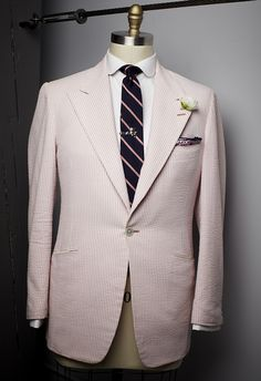 @Alexander Nash pink and white seersucker peak lapel blazer