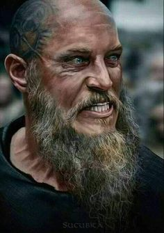 Vikings Ragnar Lothbrok Travis Fimmel The older and crazier they made the character the hotter he became. Ragnar Lothbrok Vikings, Ragner Lothbrok, Ragnar Lothbrok Quotes, Vikings Tv Show, Vikings Tv Series, Viking Life, Viking Warrior, Viking Shop, Rey Ragnar