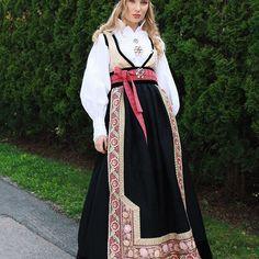 Eva Lie Design - Fantasistakk Folk Costume, Costumes, Duster Coat, Jackets, Design, Fashion, Down Jackets, Moda, Dress Up Clothes