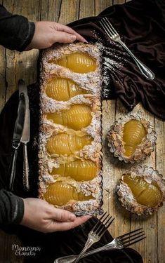 Tarta Bourdaloue: tarta de peras y crema de almendras *** ☼ 写真 ஜℓvஜ ✨❁⊰ ~♥~ TH May 2018 ~♥~ ⊱⛩☮️☸️ॐ⛩✨❁↠ ஜℓvஜ ☼ Pear Recipes, Sweet Recipes, Cake Recipes, Love Food, A Food, Food And Drink, Cooking Time, Cooking Recipes, Spanish Desserts