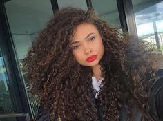 curlyhairbeautiful:  @jadenjona