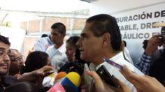 Para el gobernador de Michoacán, las protestas por el proyecto Ciudad Mujer se deben ver con mucho cuidado, pues detrás de ellas hay personas con vínculos con la delincuencia organizada ...