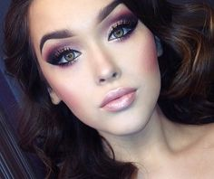 Pinned onto Make up Tips Board in Makeup Category Gorgeous Makeup, Pretty Makeup, Love Makeup, Makeup Style, Makeup For Pale Skin, Plum Eye Makeup, Plum Eyeshadow, Exotic Makeup, Heavy Makeup