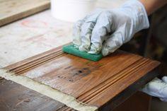 Sobre tintes y acabados para superficies de madera