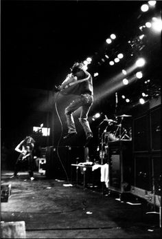 #Nirvana on stage