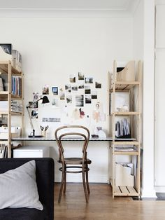 Small Bedroom Decor Inspiration, Because Tiny Spaces Can Be a Blessing In Disguise Tiny Apartments, Tiny Spaces, Studio Apartments, Home Office, Office Decor, Office Workspace, Small Bedroom Office, Diy Casa, Built In Desk