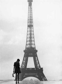 Twiggy in Paris -1960s
