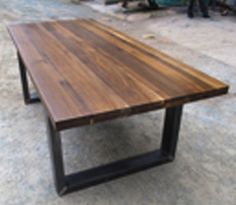 Burnt oak dining table. Free Shipping!