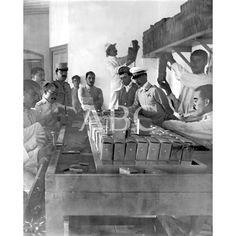 LA CARTUCHERÍA MAÜSSER. SECCIÓN DE EMPAQUETADO EN EL TALLER DE CARGA DE CARTUCHOS MAÜSSER ESTABLECIDO EN MELILLA BAJO LA DIRECCIÓN DEL CAPITÁN DE ARTILLERÍA SR. DORRIEN (X)09/1909: Descarga y compra fotografías históricas en | abcfoto.abc.es