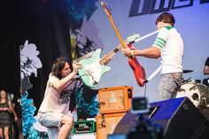 The Cribs: 'Having Dave Grohl in the studio was a good omen' http://nmem.ag/I9Z05