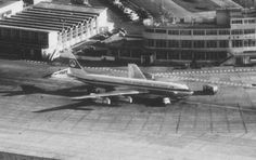 Aer Lingus Boeing 720 at Dublin Airport in the The North Terminal and the Old Terminal Building can be seen in the background. Boeing 720, Raf Bases, Dublin Airport, Vintage Air, Air Travel, Airports, Best Memories, Old Photos, Liverpool