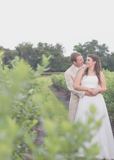 A Simple Rustic Wedding at the Wishing Well Barn in Plant City, Florida - possibility