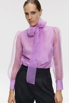 Organza blouse from Zara , brand new with tags,gorgeous lilac color sophisticated and perfect for the holidays. High Neck Blouse, Bow Blouse, Sheer Blouse, Online Zara, Organza, Pleated Midi Skirt, Party Dresses For Women, Wide Leg Trousers, Looks Cool