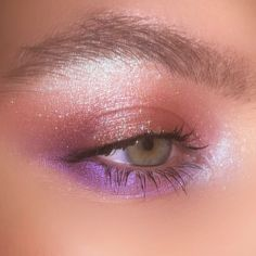 Cute Eye Makeup, Smoky Eye Makeup, Makeup Eye Looks, Eyeshadow Looks, Glam Makeup, Beauty Makeup, Makeup Inspo, Urban Decay Eyeshadow, Shimmer Eyeshadow