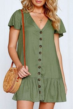 Army-green V Neck Button Ruffles Casual Shift Dress - Trendy Dresses Short Beach Dresses, Casual Summer Dresses, Trendy Dresses, Simple Dresses, Nice Dresses, Short Sleeve Dresses, Dresses Dresses, Green Dress Casual, Outfit Summer