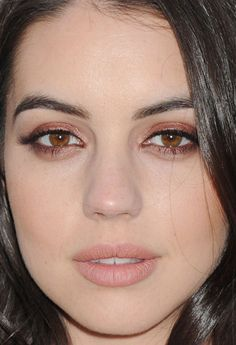 Close-up of Adelaide Kane at the 2015 CBS Summer Soiree. http://beautyeditor.ca/2015/05/23/celebrity-beauty-looks-jamie-chung
