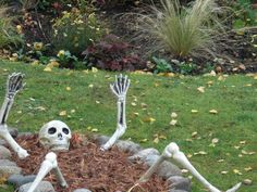 cute outdoor halloween decorating ideas off to make my plans for tomorrow halloween is going to be great halloween pinterest outdoor halloween