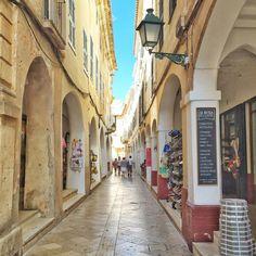 Ciutadella Ibiza Formentera, Holiday Apartments, Holiday Destinations, Beautiful World, Summer Vibes, Places To Travel, Travel Inspiration, Scenery, Vacation
