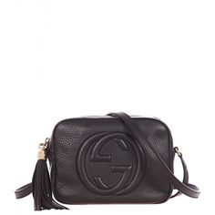Gucci Black Soho Leather Disco Bag (5.675 DKK) ❤ liked on Polyvore featuring bags, handbags, shoulder bags, sac, genuine leather handbags, shoulder handbags, man bag, leather hand bags and handbag purse