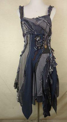 Ausgefallenes JUJU & CHRISTINE Upcycling Träger Kleid, 100% Baumwolle blau: