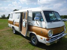 Dodge 1969 Xplorer 21 Motor Home 44 AOW | by Boblovel
