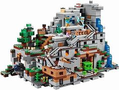LEGO Minecraft 21137 The Mountain Cave Construction Toy! With 2836 pieces at a unit this is the ultimate Lego challenge! Lego Minecraft, Minecraft Video Games, Minecraft Medieval, Minecraft Projects, Minecraft Party, Lego Projects, Minecraft Houses, Lego Mountain, Minecraft Mountain