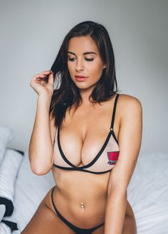 Nude and Sexy photos of Jessica Rose. Jessica Lee Rose - American film actress and televideniya.Dzhessika Lee Rose was born April 1987 in Salisbury, Casual Hairstyles For Men, Jessica Rose, Stars Nues, Body Picture, Bikini Photos, Instagram Models, Instagram Posts, Sensual, Female Bodies