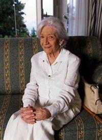 "Ana Maria Matute: ""Premio nacional de literatura infantil y juvenil"" 1984 y ""Premio nacional de las letras españolas"" 2007.."