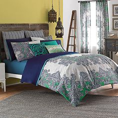 Paisleys and medallions in refreshing blues, greens and whites give the Frenti duvet cover a refreshingly sophisticated Eastern flair.