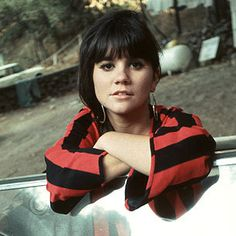 "With the exception of, perhaps, Johnny Rivers, no one has been more effective as a cover artist than Linda Ronstadt. ""Ooo Baby Baby"" written by Smokey Robins. Linda Ronstadt, Country Singers, Country Music, Folk Music, My Music, Johnny Rivers, Rock And Roll Girl, Carole King, Elvis Costello"