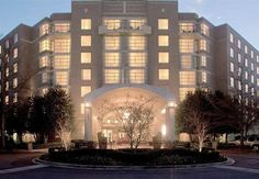 Discover Why The Renaissance Charlotte Southpark Hotel Is One Of Best Hotels In Nc Enjoy Boutique Accommodations Luxury Amenities And A