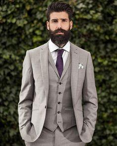 "Carlos Costa auf Instagram: ""Exciting new stuff coming soon on @beardbrand for #teambeardbrand shot in collaboration with @austinreeduk and @urban_beardsman by @photogunphotography"""