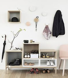 The Muuto Stacked Shelf System Ash Tree/White was designed by Julien De Smedt for acclaimed Scandinavian design house Muuto.This increasingly popular furniture Hallway Inspiration, Interior Inspiration, Design Inspiration, Ikea Valje, Deco Design, Design Case, Foyer Design, Hall Design, Home Interior