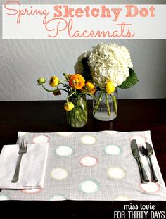Spring Sketchy Dot Placemat tutorial- super cute and simple to make with this step by step DIY.